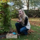 alexandra alphenaar straalt, tupenbollen planten bij buitengoed de gaard