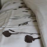 dag vogels...  altijd fris gedekte bedden in slaapkamer en bedstee mammaloewagen pipowagen superdeluxe buitengoed de gaard