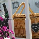 feestelijk honeymoonontbijt mét prosecco  naar keuze verzorgd door mélange heythuysen voor gasten van vakantiehuisje of pipowagen deluxe buitengoed de gaard limburg