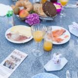 uitgebreid ontbijt besteld bij mélange in heythuysen-heerlijk voor gasten die overnachten bij buitengoed de gaard fotografie belinda keulen