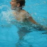 zwemmen in zwembad buitengoed de gaard