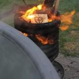 vuur in heerlijke houtgestookte hot-tub vakantiehuisje-pipowagen buitengoed de gaard